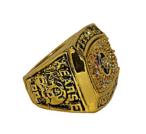 TENNESSEE TITANS (Jevon Kearse) 1999 AFC WORLD CHAMPIONS (Super Bowl XXXIV) Rare & Collectible Replica National Football League Gold NFL Championship Ring with Cherrywood Display Box