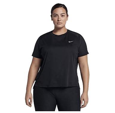 88470bab0 Nike Women's Plus Size Miler Running T-Shirt at Amazon Women's Clothing  store: