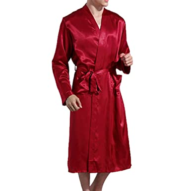 Juleya Men s Luxury Soft Bath Robe Housecoat Dressing Gown with Belt Knee  Length Sleepwear Pyjamas Elegant  Amazon.co.uk  Clothing 2afde17d6