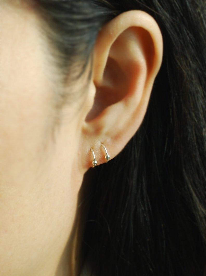 Brightness Purple Opal Cartilage Piercing,22Gauge Helix Hoop,Silver Helix Earring Delicate Hoop Earring