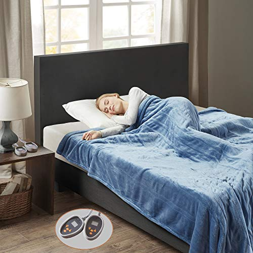 """Woolrich Ultra Soft Knitted Plush Reverse to Sherpa Auto Shut Off Electric Blanket with Two 20 Heat Level Setting Controllers, King: 100x90"""", Sapphire"""