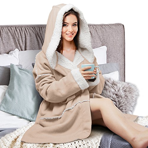 Looking for a dressing gown women hood? Have a look at this 2019 guide!