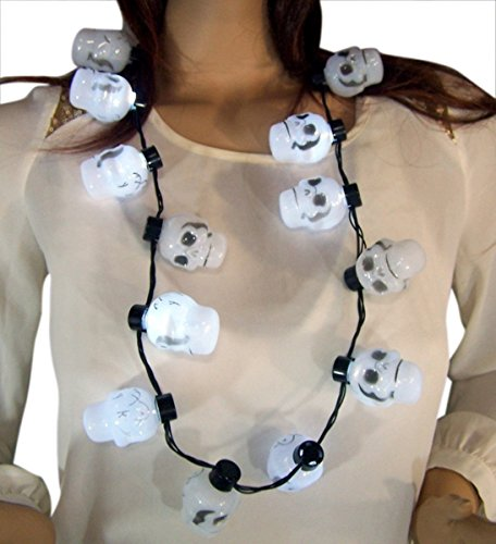 GW Flashing Light Up Skull Heads Halloween Necklace, 38 Inch