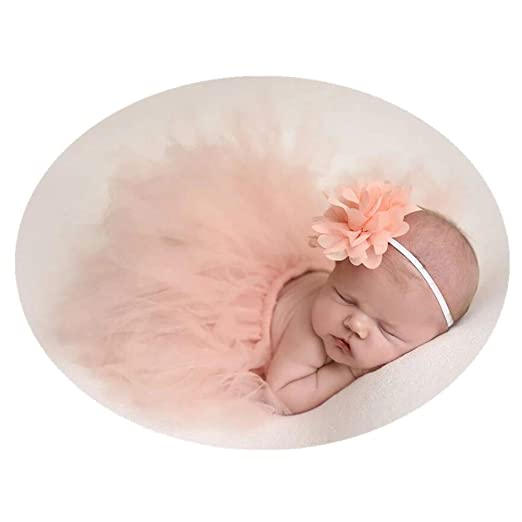 Girl newborn pictures