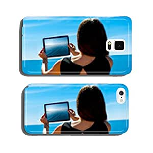 Woman traveler photographing sea scape cell phone cover case Samsung S5