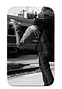 Forever Collectibles Hug In The Train Station Hard Snap-on Galaxy S3 Case With Design Made As Christmas's Gift
