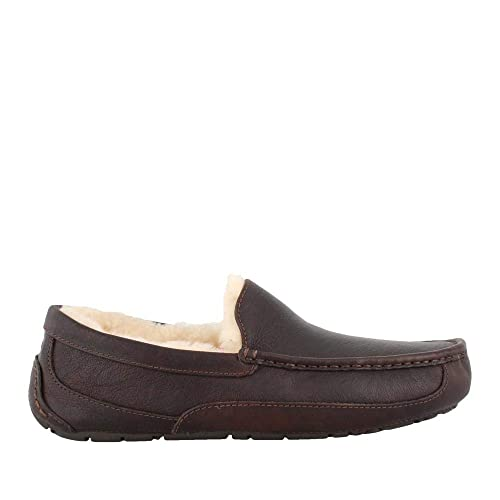 8ec6bd33b5e UGG Men s Ascot Leather China Tea Leather Slipper 9 3E - Extra Wide   Amazon.co.uk  Shoes   Bags