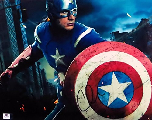 Chris Evans Signed Autographed 11X14 Photo Captain America with Shield GV842212 (Cardboard Captain America Shield)
