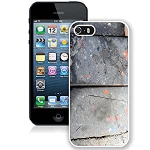 Customized Phone Case Old Metal iPhone 5s Wallpaper in White