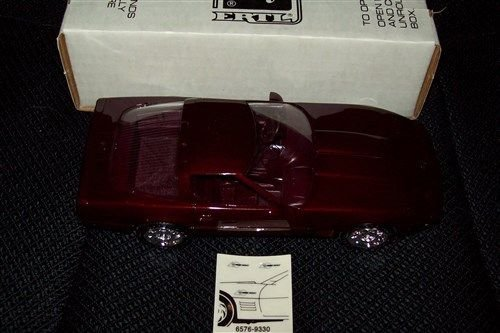 6576-ertl-amt-40th-anniversary-1993-chevrolet-corvette-zr-1ruby-red-metallic-1-25-plastic-promofully