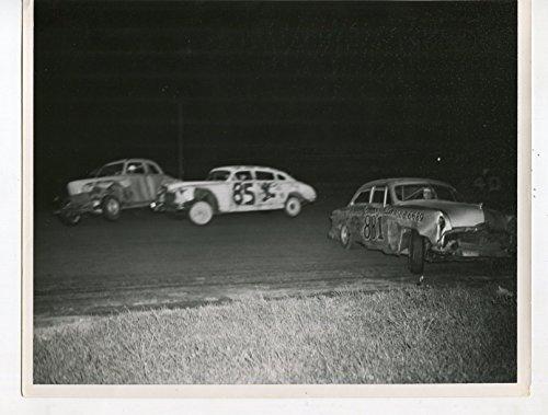 Mt Clemens Speedway-Crash-Hudson Hornet #85-8x10-Ford #881-Racing Photo