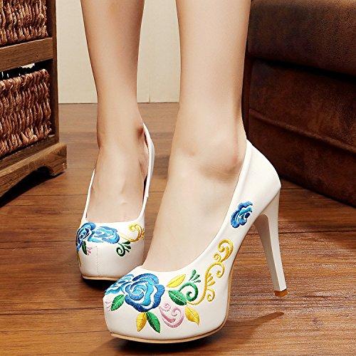 XHX Zapatos finos, zapatos bordados, tacones altos impermeables, zapatos nacionales retro del viento White