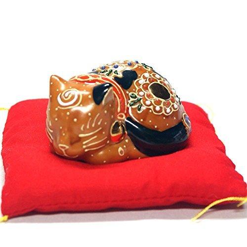 Japanese Maneki Neko Sleeping Lucky cat Kutani ceramic