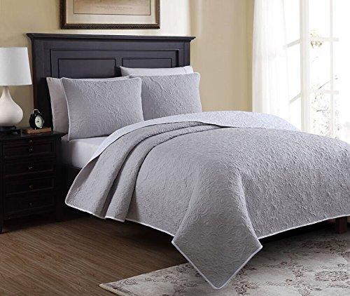 estate brand marseille gray pattern microfiber quilt bedding set full queen size 133002. Black Bedroom Furniture Sets. Home Design Ideas