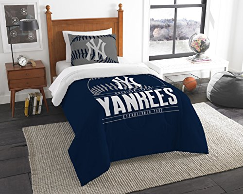 Yankees OFFICIAL Major League Baseball, Bedding, Printed Twin Comforter (64