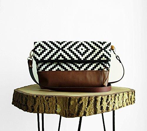 545a02691e Amazon.com  Tribal print crossbody Bag
