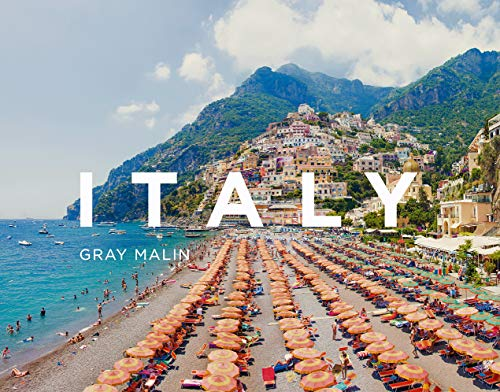 Following the successes of both Beaches and Escape, Gray Malin turns his unique eye to the coasts, beaches, and landscapes of Italy. From the sparkling blue waters of the Amalfi Coast to the dramatic coastal scenery of Cinque Terre, Gray Malin: It...
