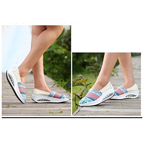 Btrada Wakende Dames Schoenen Slip Op Casual Dikke Basis Schok Luchtkussen Mode Jurk Sneakers Wit Blauw