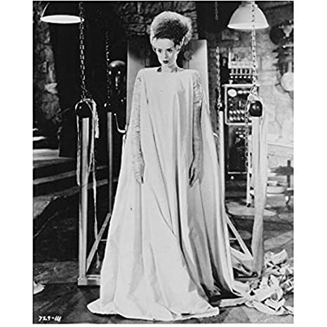 Elsa Lanchester 8 Inch x 10 Inch PHOTOGRAPH Bride of