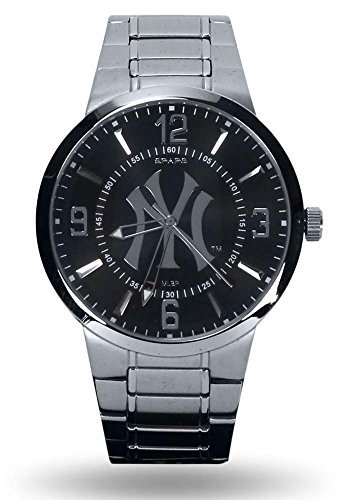 New York Yankees Official MLB 1.5 inch Wrist Watch by Rico ()