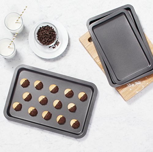 AmazonBasics-3-Piece-Baking-Sheet-Set