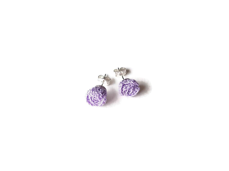 Orecchini viola violetto chiodini a rosa perno fiore regalo per lei natura alluncinetto
