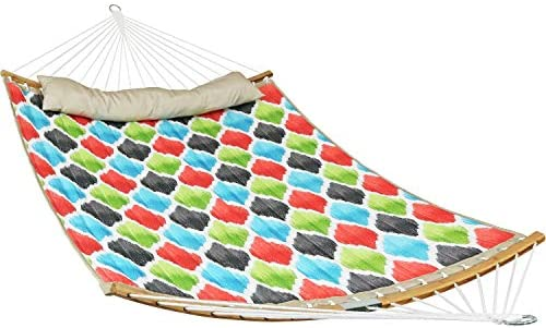 Sunnydaze Quilted 2-Person Hammock with 2-Piece Pull-Apart Curved Bamboo Spreader Bars, Heavy-Duty 400-Pound Weight Capacity, Vivid Multi-Color Quatrefoil