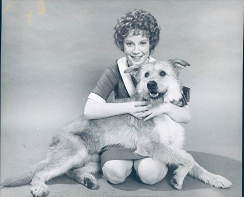 Vintage Photos 1989 Photo Kathy Jo Kelly Annie Actress Musical Tony Awards Winner Dog Animal