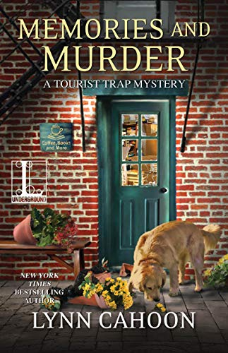 Memories and Murder (A Tourist Trap Mystery Book 10) by [Cahoon, Lynn]