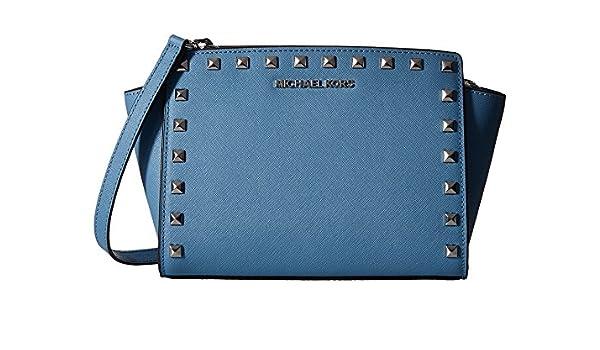 9205f1608af8 Amazon.com: Michael Kors Selma Stud Saffiano leather Medium Messenger sky/ silver: Shoes