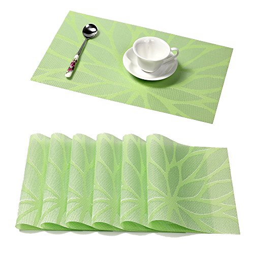 HEBE Washable Placemats for Dining Table Green Placemats Set of 6 Heat Insulation Stain-Resistant Indoor/Outdoor PVC Woven Table Mats