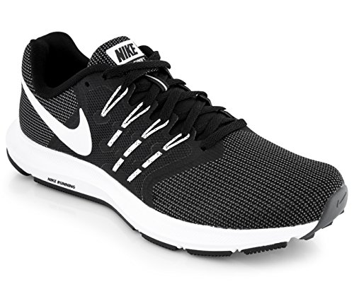 Chaussures black dark Femme Grey Trail Wmns Run Swift De 001 Noir white Nike qwH61ZBxx