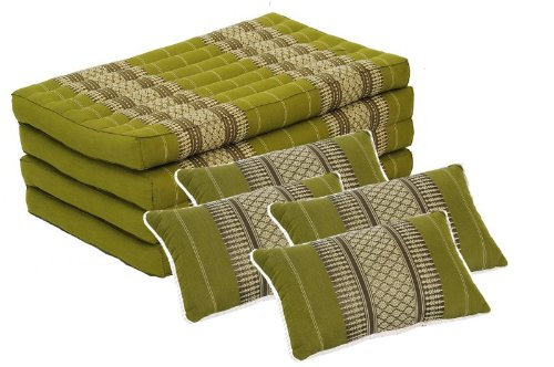 Inspiration Zone Set: Foldable Matress + 4 Pillows in Traditional Thai Design Bamboogreen (All Filled with 100% Kapok) by Handelsturm