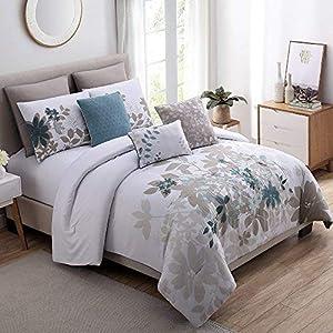 51uQ7LzBtQL._SS300_ Coastal Comforters & Beach Comforters
