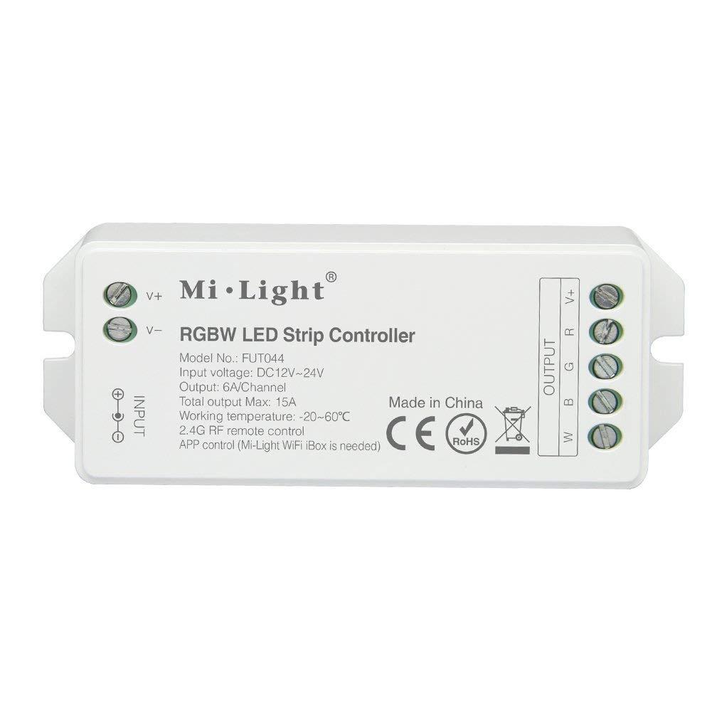 LIGHTEU® , controlador de tira inteligente LED 5 en 1, control remoto a 2.4 GHz y telé fono inteligente. Compatible con el modo de salida de color ú nico, CCT, RGB, RGBW y RGB + CCT, DC12V / 24V, LS2