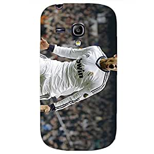 Outstanding Cristiano Ronaldo Games Moment Real Madrid Football Club Phone Case Retro Back Cover for Samsung Galaxy S3 Mini