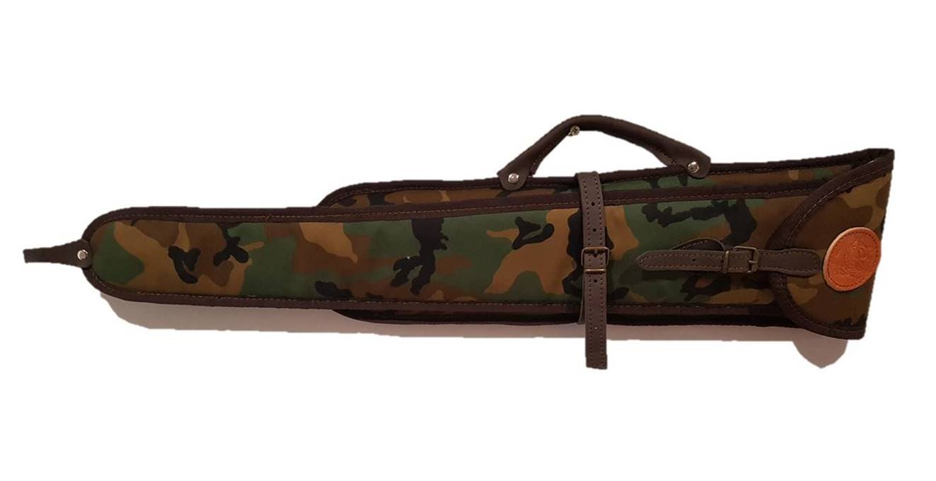 CAZA Y AVENTURA Bolsa. Funda para escopeta superpuesta y paralela desmontada en camuflaje 60x75 cm