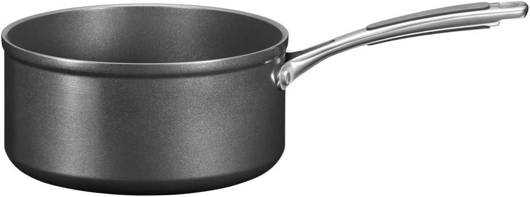 KitchenAid Saucepan with lid - 18cm