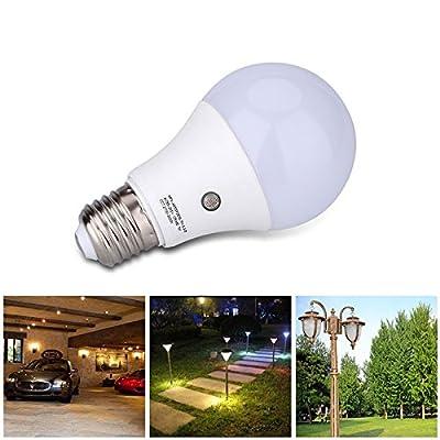 E27 LED Dusk to Dawn Sensor Light Bulbs Built-in Photosensor Detection Auto Switch Light Indoor/Outdoor Lighting Lamp for Porch Hallway Patio Garage