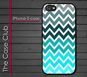 iPhone 5C (New Color Model) Rubber Silicone Case - Chevron Pattern Fade from Grey to Blue Tiffany Baby blue