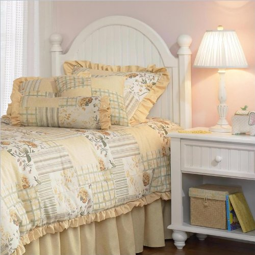 Westfield Post Headboard with Rails by Hillsdale Furniture