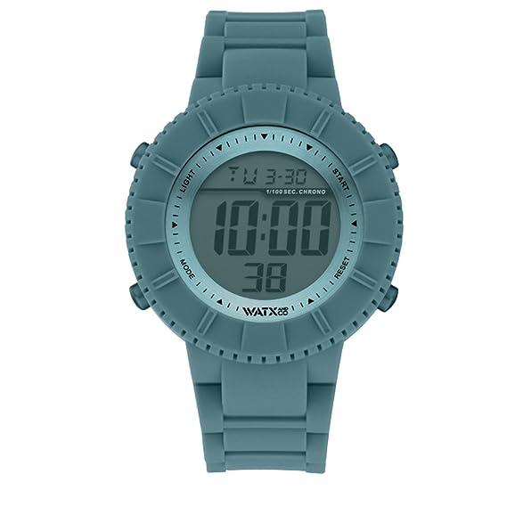 Reloj digital para mujeres y hombres de WatxandCo. Con correa de silicona deportiva verde musgo. Caja con bisel plateado y cristal verde musgo. 43mm.