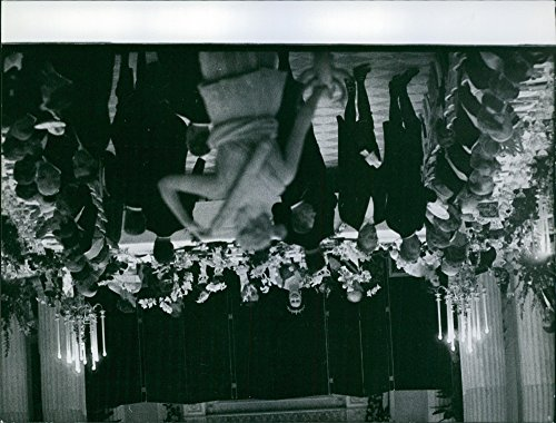 - Vintage photo of Queen Elizabeth II is attending a dinner party.