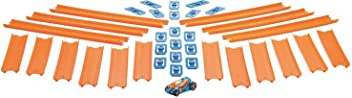 Hot Wheels BHT77 Straight Track Builder with Diecast and Mini Car Toy Pack