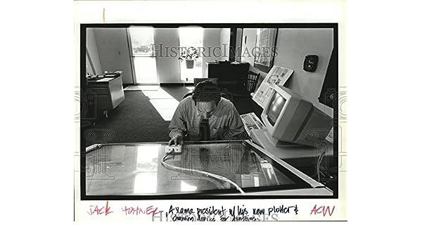 Vintage Photos 1993 prensa fotos axama Presidente Jack Hohner utiliza su nuevo dispositivo – Rollo.: Amazon.es: Hogar