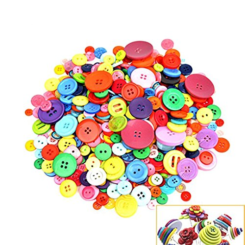 (700 PCS Assorted Mixed Color Resin Buttons 2 and 4 Holes Round Craft for Sewing DIY Crafts Children's Manual Button Painting,DIY Handmade)
