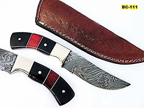 BC-111, Custom Handmade Damascus Steel Skinner Knife – Beautiful Buffalo Horn, Doller Sheet Handle with Brass Bolsters For Sale