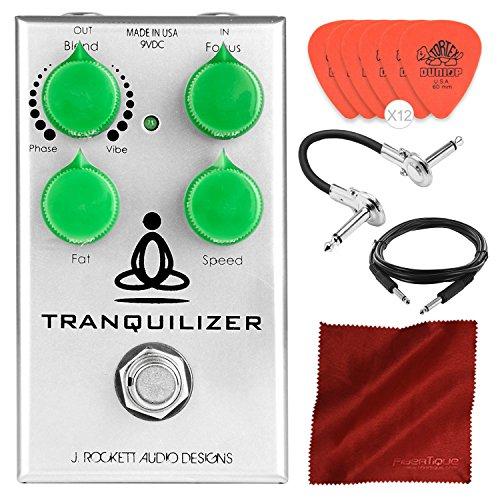 J. Rockett Audio Designs Tranquilizer Vibe and Phase Pedal incluye púas de guitarra, cables y paño de microfibra