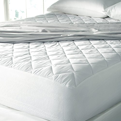 SPA Luxury  Cool Touch Moisture Wicking Mattress Pad - Made In The USA (Queen 60'' x 80'') by Spa Luxury