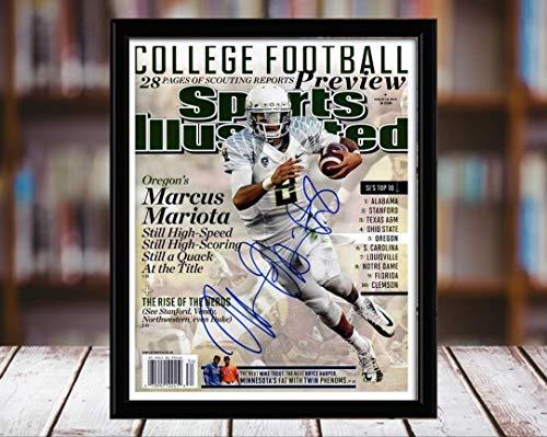 Oregon Ducks Framed - Marcus Mariota Sports Illustrated Autograph Replica Print - Football Preview - Oregon Ducks - 8/19/15-8x10 Desktop Framed Print
